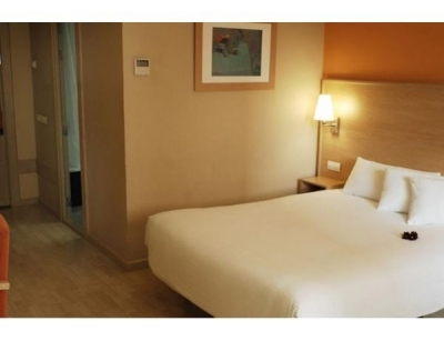 Cheap hotel in Madrid 2540