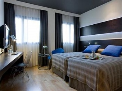 Cheap hotels on the Madrid 3801