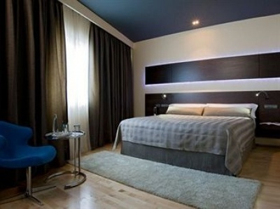 Find hotels in Madrid 3801
