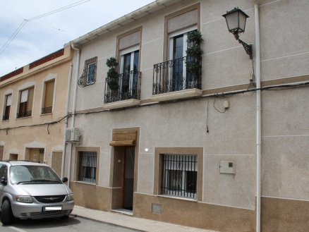 Pinoso property: Townhome for sale in Pinoso 281308